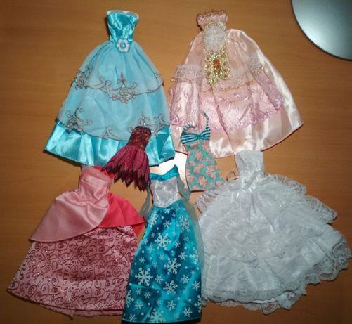 Продам платьица для кукол