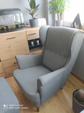 Fotel Uszak Ikea + podnóżek