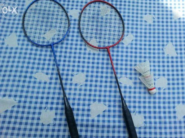2 Raquetes Badminton + 2 volantes usados + pack de 5 volantes novos