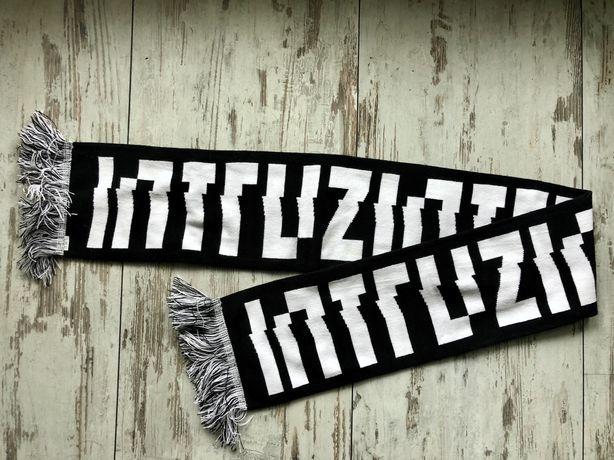 Szalik Szal Intruz street wear