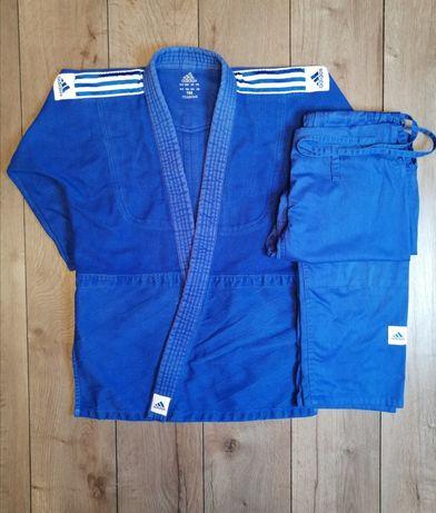 Продам кимоно Adidas.