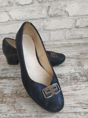 Туфлі жіночі 43 розмір
