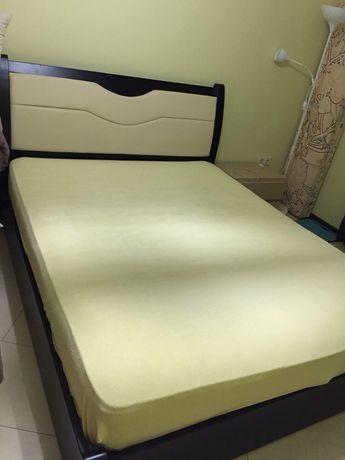 Двохспальная кровать