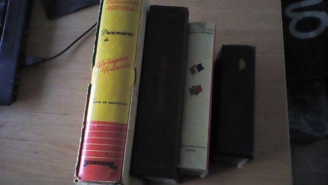 Dicionários - em conjunto ou separadamente
