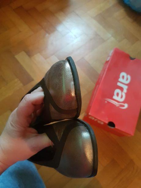 Buty damskie do negocjacji