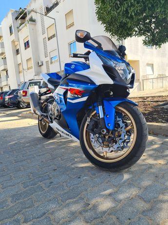 Vendo Suzuki GSX-R 1000 L2