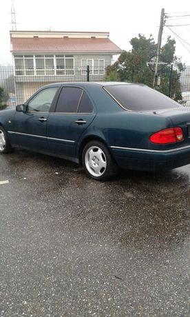Mercedes e220d para peças
