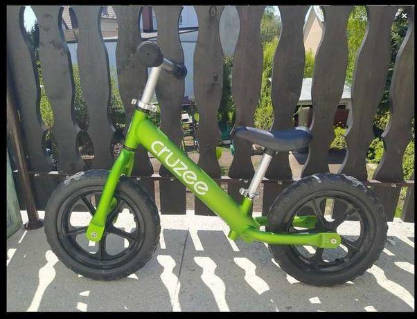 Mega lekki rowerek biegowy Cruzee