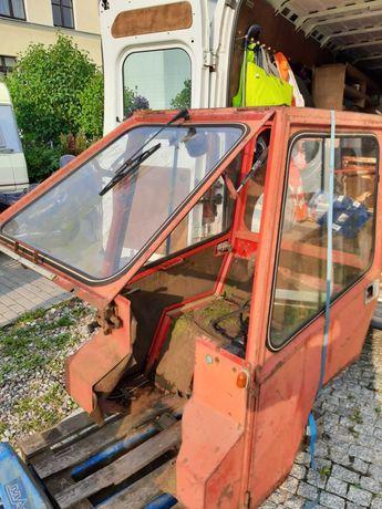 Kabina do traktorka ogrodowego
