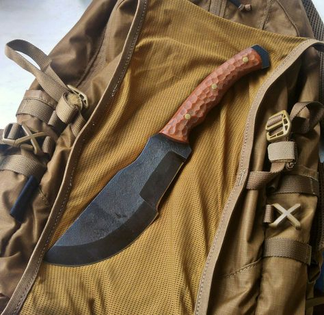 Nóż Ręcznie Robiony CUSTOM tracker micarta 50HF
