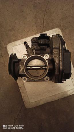 Przepustnica VW polo 1.0 99r