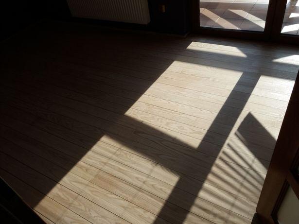 cyklinowanie bezpyłowe, renowacja schodów, lakierowanie, układanie