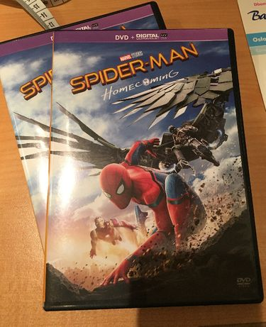 film SPIDER-MAN HOMECOMING - DVD angielski i francuski