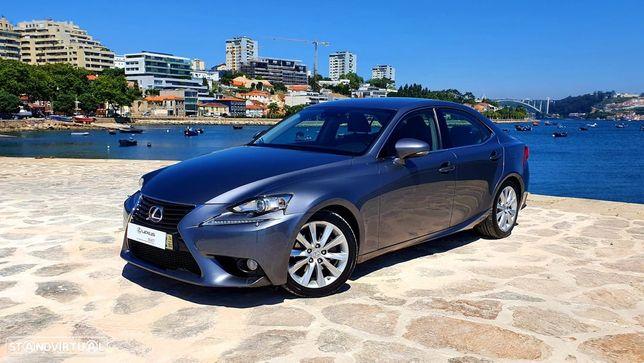Lexus IS 300H IS 300h Pack Executive + Navegação Premium