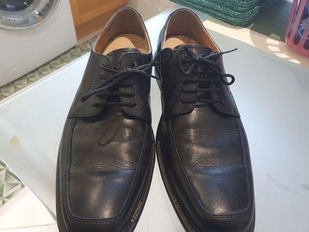 Vendo sapatos de fato confort 42