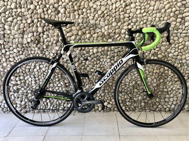 Bicicleta de estrada Scoppio Carbono full Ultegra