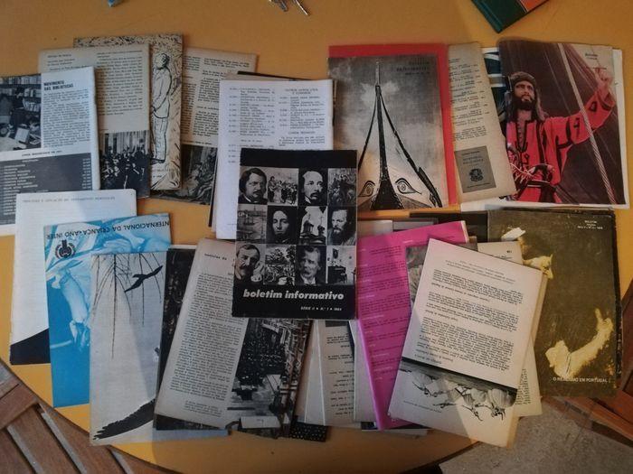 Coleção 32 revistas Boletim Informativo Oliveira De Azeméis, Santiago De Riba-Ul, Ul, Macinhata Da Seixa E Madail - imagem 1