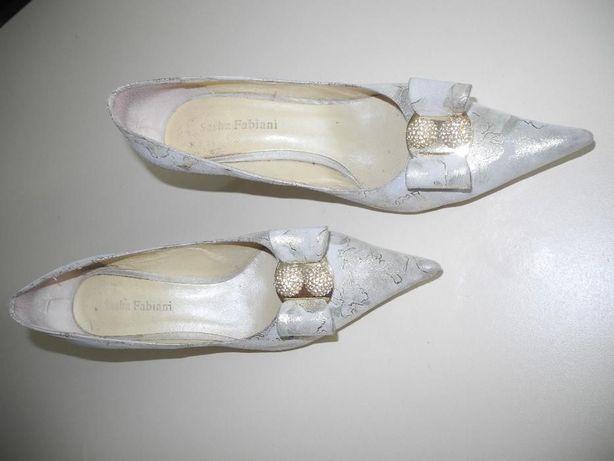 Туфли кожаные 39 р