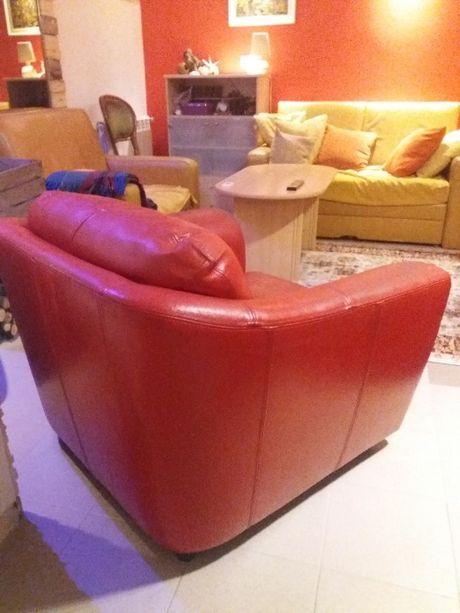 fotel skórzany czerwony