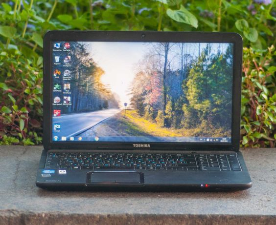 Хороший Мощный Ноутбук Toshiba C850 Core i5 6GB 320GB