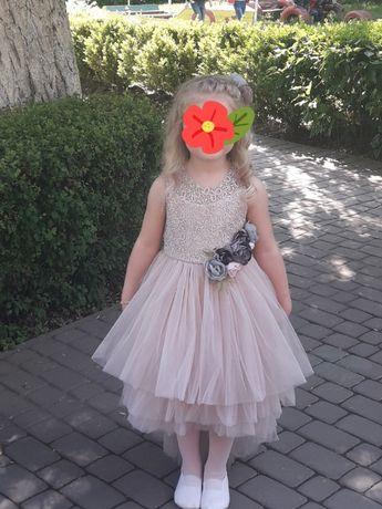 нарядна дитяча сукня