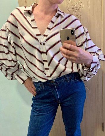 Блузка в полоску с шикарными рукавами