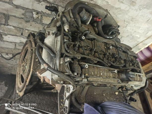 Продам Двигатель Мерседес М648