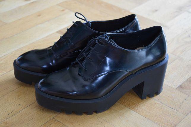buty obcas oksfordki, półbuty, bdb stan 40