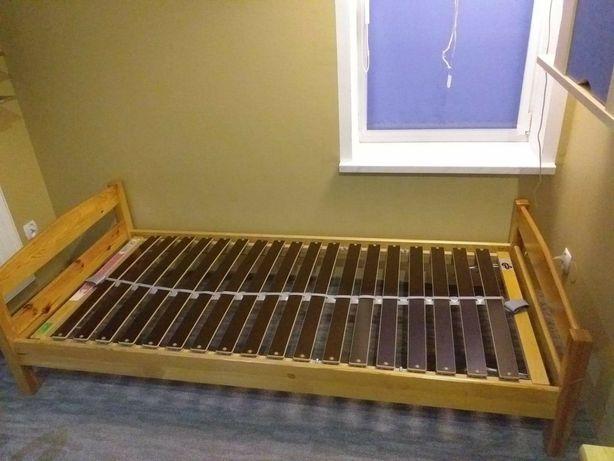 Sprzedam łóżko ze stelażem