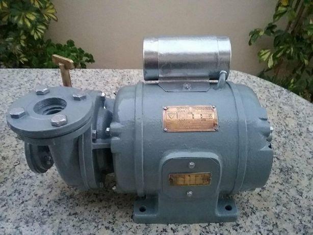 Motor eléctrico monofásico Efacec