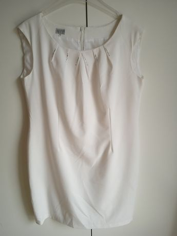 Biała sukienka 44