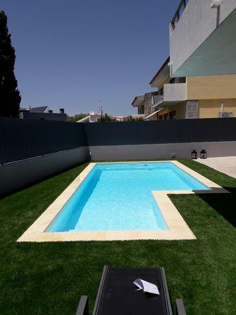 Construção e remodelação de piscinas