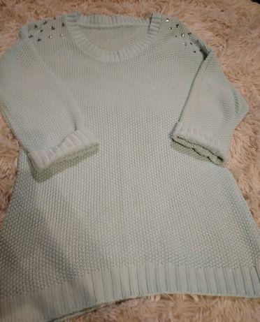 Miętowy swetr z dżetami r.M