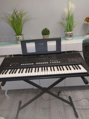 Keyboard Yamaha PSR E433