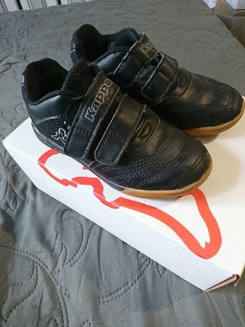 Кроссовки,обувь для футбола,кеды