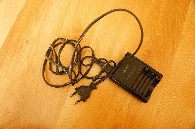 Ładowarka akumulatorków AA AAA Sony BC-CS2B długi kabel oryginał