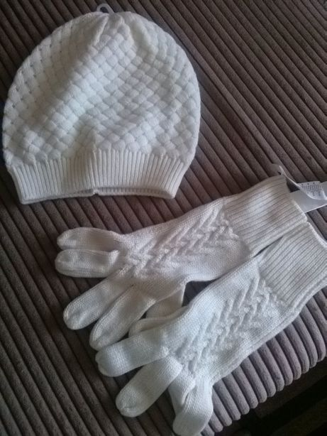 Набор шапка и перчатки Oogji
