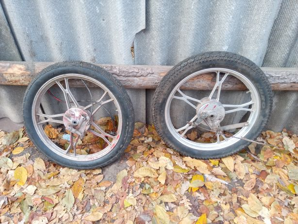 Продам колеса дві штуки