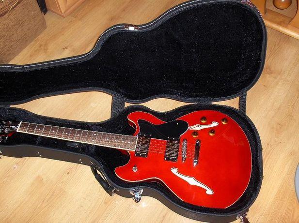 kopia Gibson ES 335 z sztywnym nowym futerałem