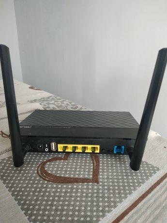 router Asus DSL-N12u