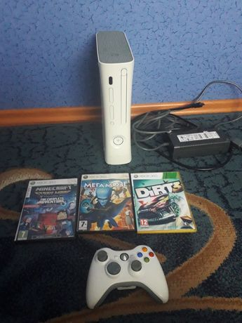 Приставка xbox 360 freeboot читає всі прошивки Xbox 360