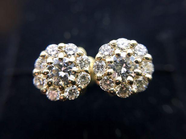 Золотые сережки серьги пусеты с бриллиантами 0.55 карат.