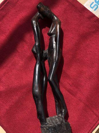 Estátua em pau preto