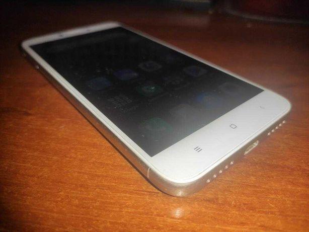 Смартфон Xiaomi Redmi 4X 3/32