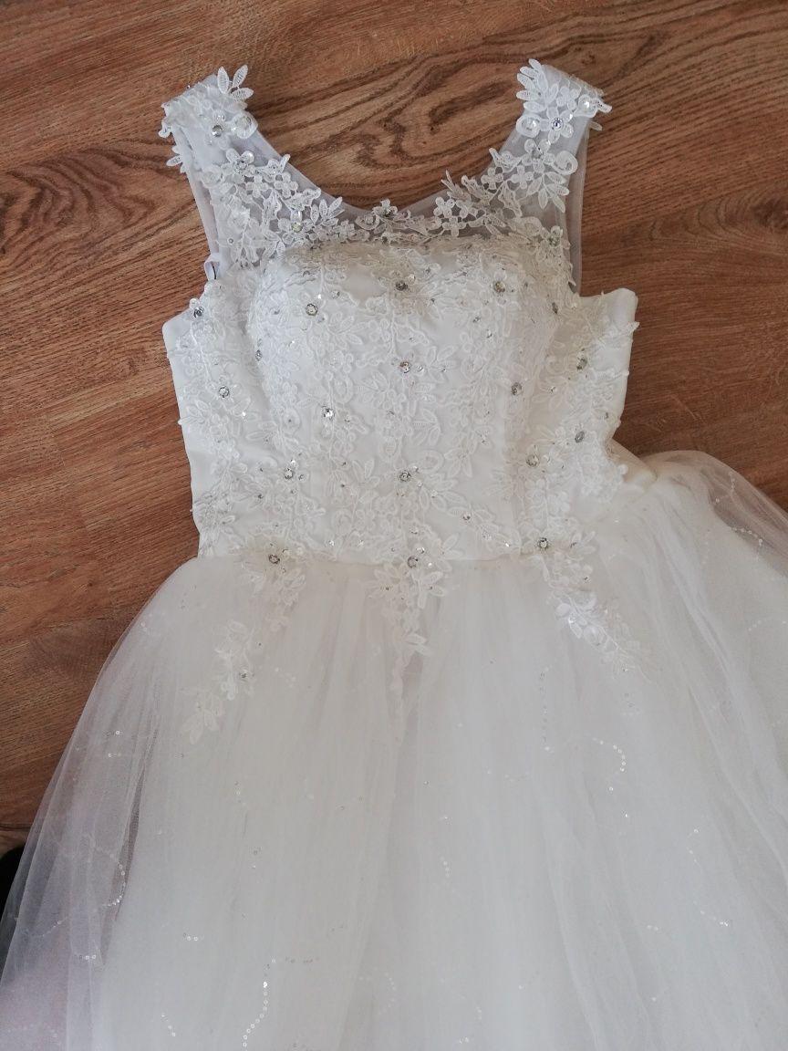 Suknia ślubna Nowa rozmiar 38-40