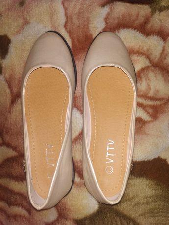 Продам срочно туфельки