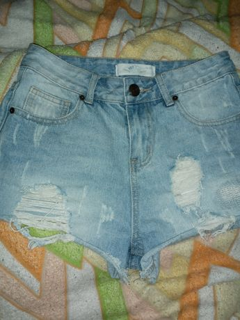 Шорты модные джинсовые 44 размер