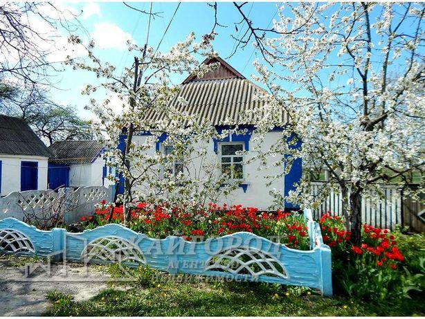 Продам добротний жилий будинок в селі Олійникова-Слобода
