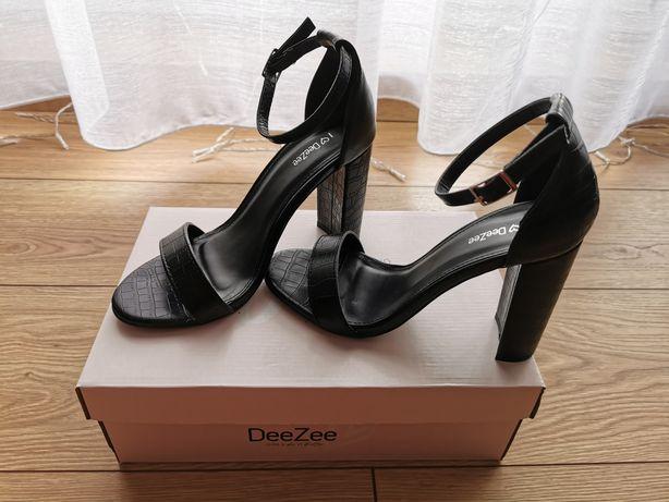 Buty na słupku 37 DeeZee&CCC