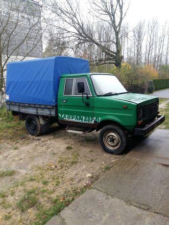 samochód dostawcy tarpan 239d